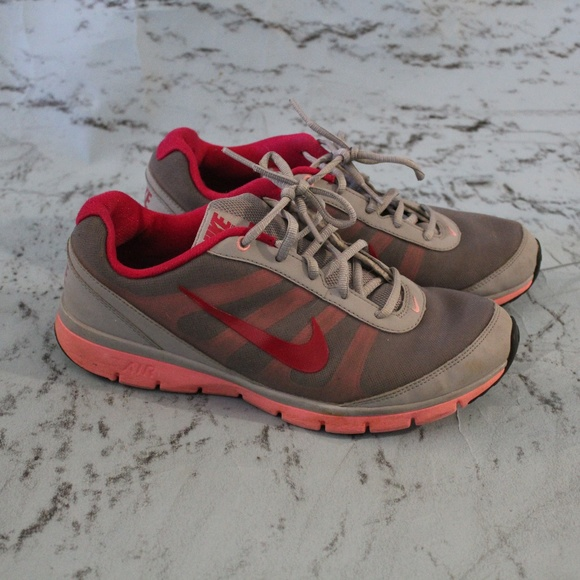 Tr Poshmark Running Nike 9 Shoes Core Air Training Womens Total 00IzPSq